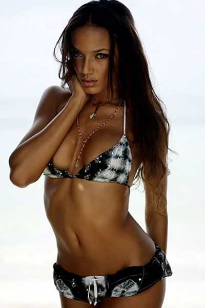Selita Ebanks - 23